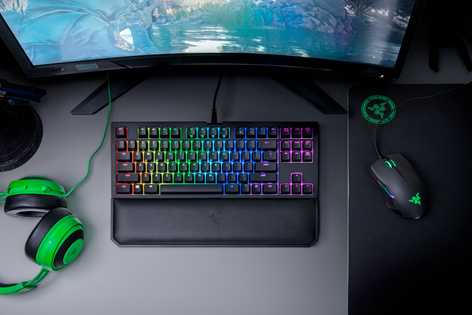 Razer BlackWidow Tournament Ed. Chroma V2 Yellow Switch